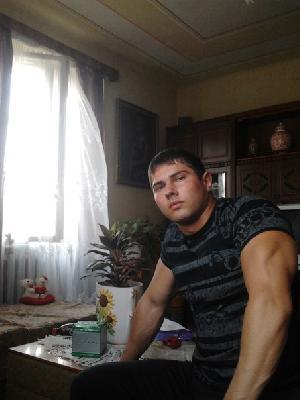 Шукаю роботу Охоронець в місті Мукачеве